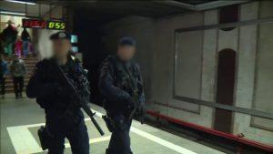 Jandarmi inarmati la metrou